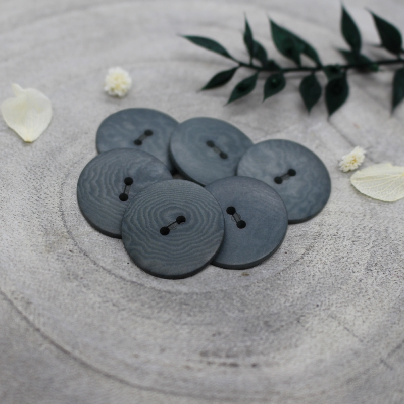 Atelier Brunette  Buttons   Corozo   Palm - Smokey - 20 mm