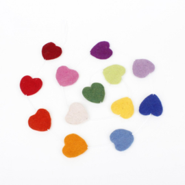 Slinger met vilten hartjes multicolor
