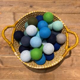 Cotton Ball lichtslinger 50 ballen groen-blauw 13
