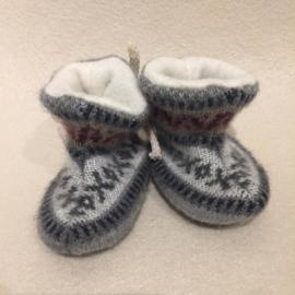 Babyslofjes Ecuador grijs-bordeaux maat 17