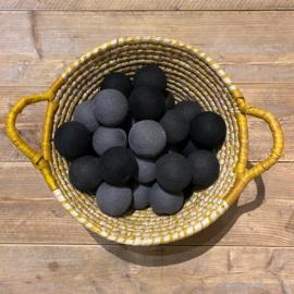 Cotton Ball lichtslinger 35 ballen grijs-zwart 56