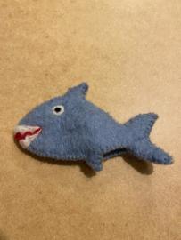 Vilten vingerpoppetje haai