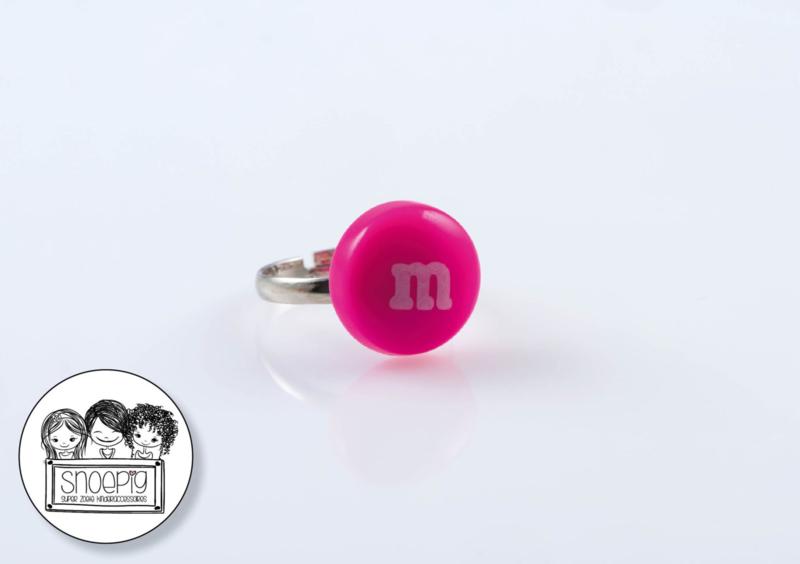 Ring M&M roze - Snoepig