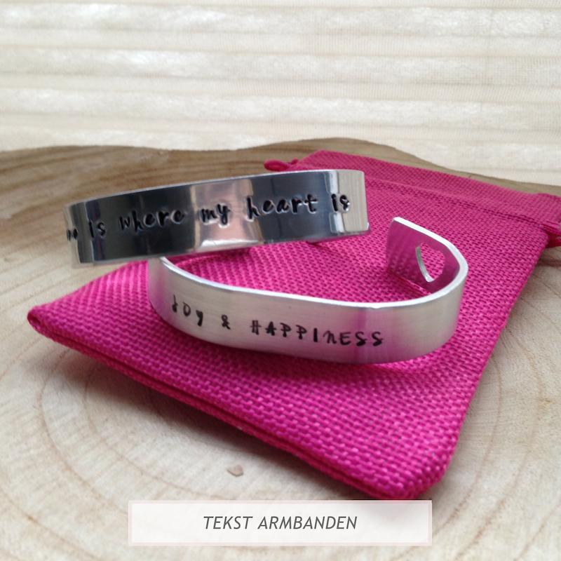 Armband met persoonlijke tekst