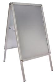 GG882 -Aluminium stoepbord A2 klapbord -Display oppervlak: A2 (4x A4)