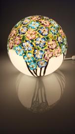 Lamp 81 blauwe en paarse bloemen