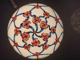 Lamp 17 blauwe linten rode/roze bloemen