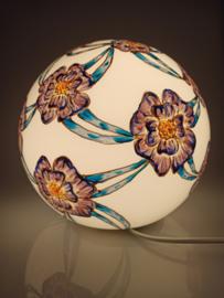 Lamp 104 seventies bloemen