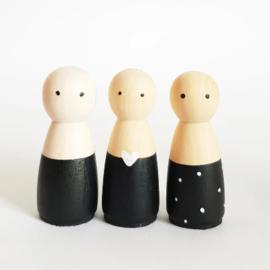 SPJ | houten poppetje vrouw/meisje zwart