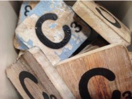 cottoncounts houten letter   Scrabble letter c
