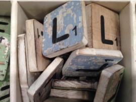 cottoncounts houten letter   Scrabble letter L