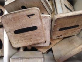 cottoncounts houten letter   Scrabble letter i