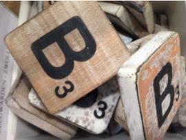 cottoncounts houten letter   Scrabble letter b