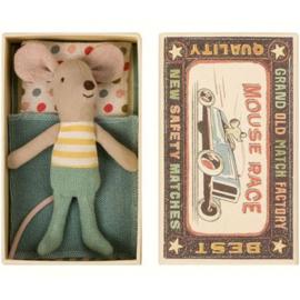 Maileg muis kleine broer in luciferdoosje