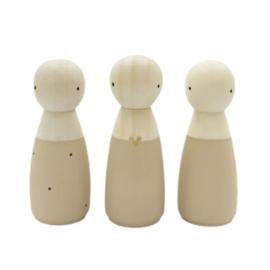SPJ | houten poppetje vrouw/meisje beige