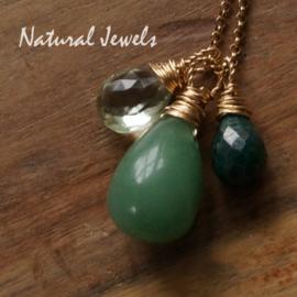 Gouden MYM setje groene edelstenen