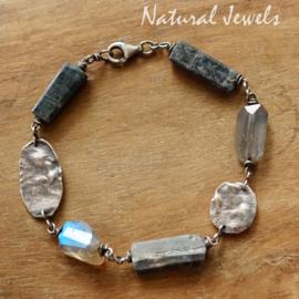 Blauwe edelsteen armband zilver
