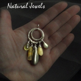 Hanger Grey and Yellow gemstones