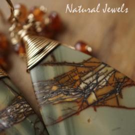 Grijsbruine edelsteen oorbellen goud