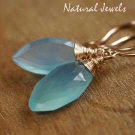 Blauwe Chalcedoon oorbellen goud