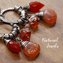 Zilveren oorbellen Oranje edelstenen