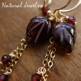Rode Granaat oorbellen goud