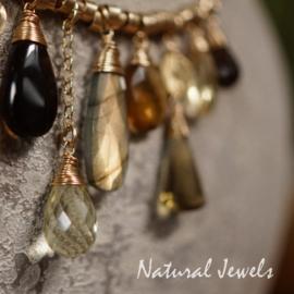 Edelsteen halsketting goud