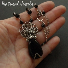 Necklace Mysterious Onyx