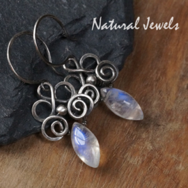 Zilveren oorbellen AAA Maansteen ornament