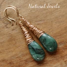 Smaragd oorbellen met Cocon