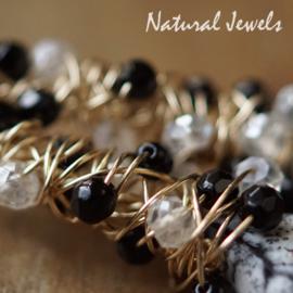 Zwarte edelsteen oorbellen goud