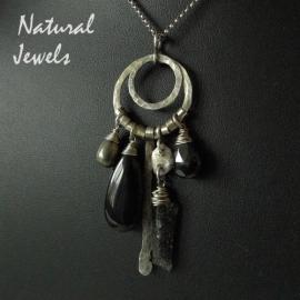 Dark pendant