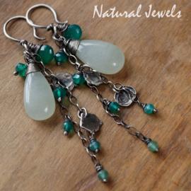 Jade oorbellen met Onyx