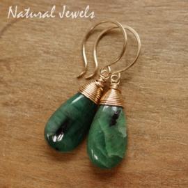 Smaragd oorbellen van goud