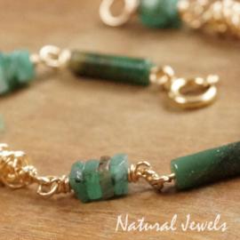 Gouden armband groene edelstenen