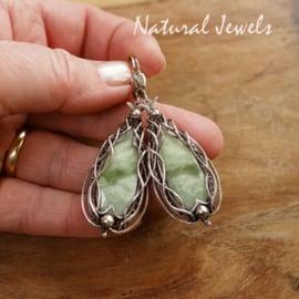 Handgemaakte groene edelsteen oorbellen