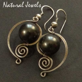 elegant Bronze Shell Pearls