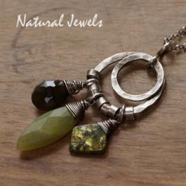 Zilveren groene edelsteen hanger