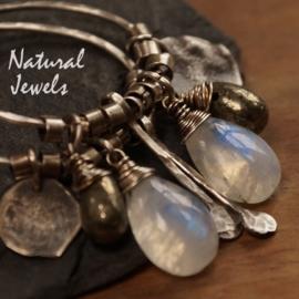 Zilveren oorbellen Maansteen en meer