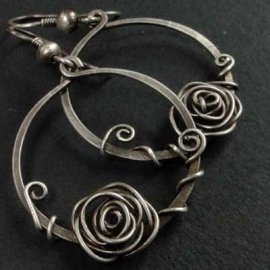 Silver Rose in a Circle
