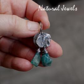 Apatiet oorbellen in zilver
