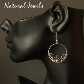 Zilveren oorbellen Lotus circles