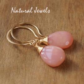 Gouden oorbellen Roze Opaal