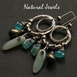 Zilveren oorbellen blauwe Edelstenen