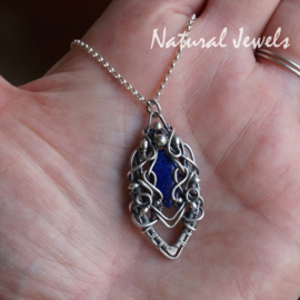 Zilveren handgemaakt hangertje Lapis Lazuli