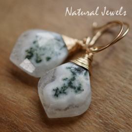 Witte edelsteen oorbellen