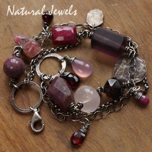 Edelsteen armband roze en donkerrode edelstenen