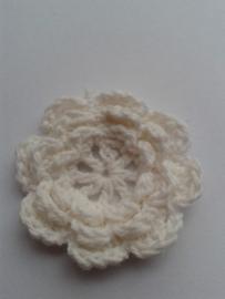 Gehaakte bloem | 4,5cm gebroken wit