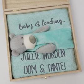 Houten gift box tutdoekje mintgroen | Hoera, jullie worden oom en tante!