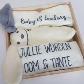 Houten giftbox tutpopje grijs | Hoera, jullie worden oom en tante!